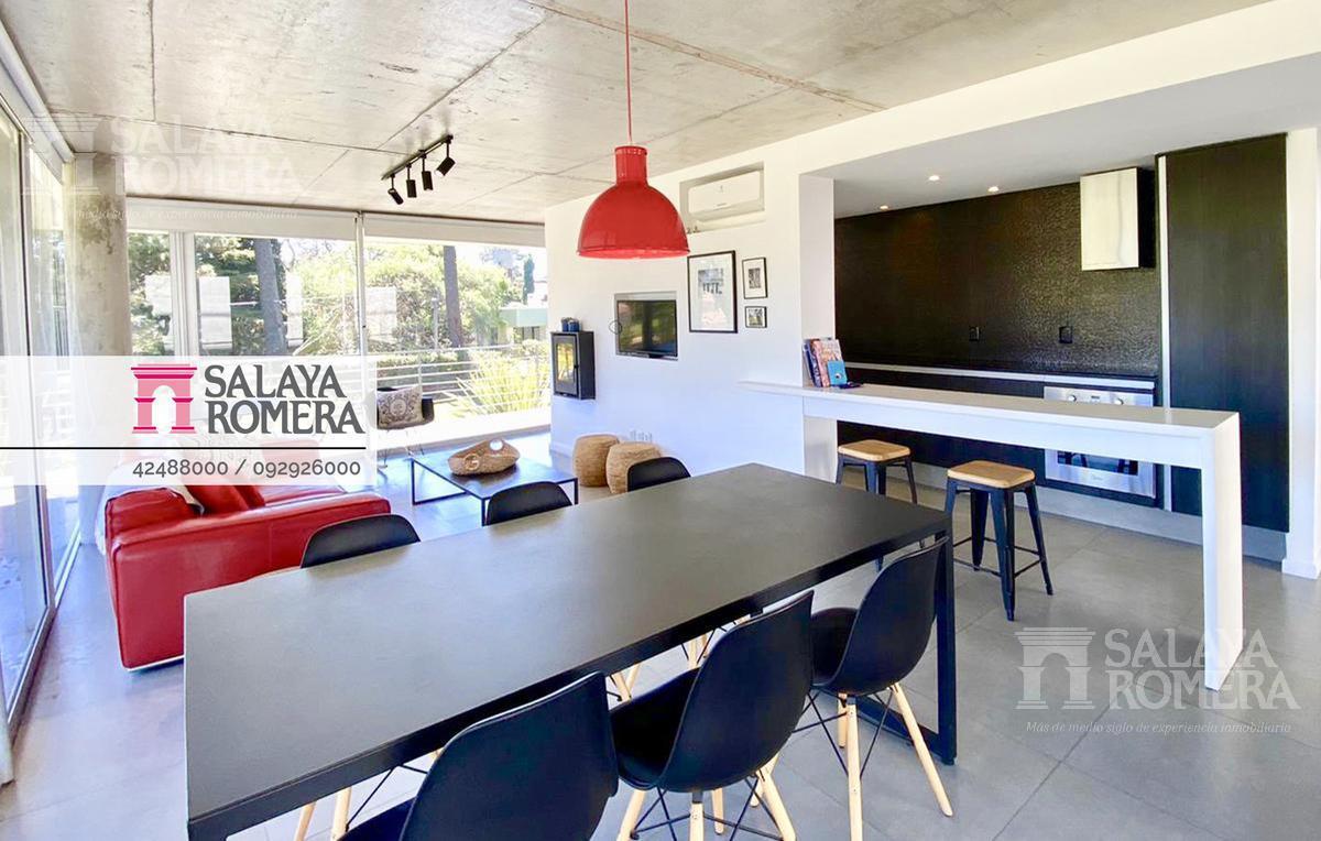 Foto Departamento en Venta en  Playa Mansa,  Punta del Este  EXCLUSIVO! Apartamento esquinero en Playa Mansa,  2 dormitorios, 2 baños, garage, cerca el mar