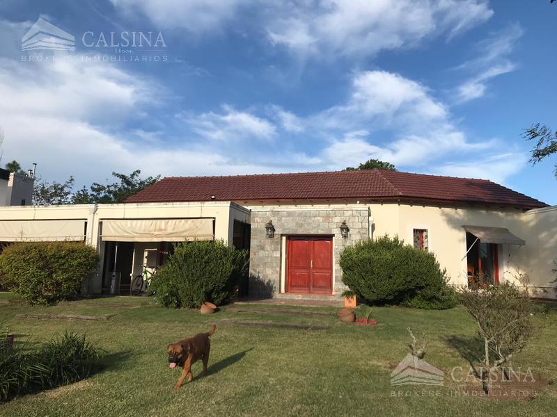 Foto Casa en Venta en  Villa Allende Golf,  Villa Allende  Estados Unidos - B° Golf - Villa Allende