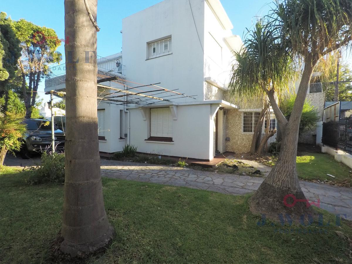 Foto Casa en Venta en  San Andres,  General San Martin  j.m campos al 2800
