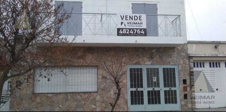 Foto Casa en Venta en  Zona Sur,  La Plata  76 N°: 652 ENTRE 8 Y 9