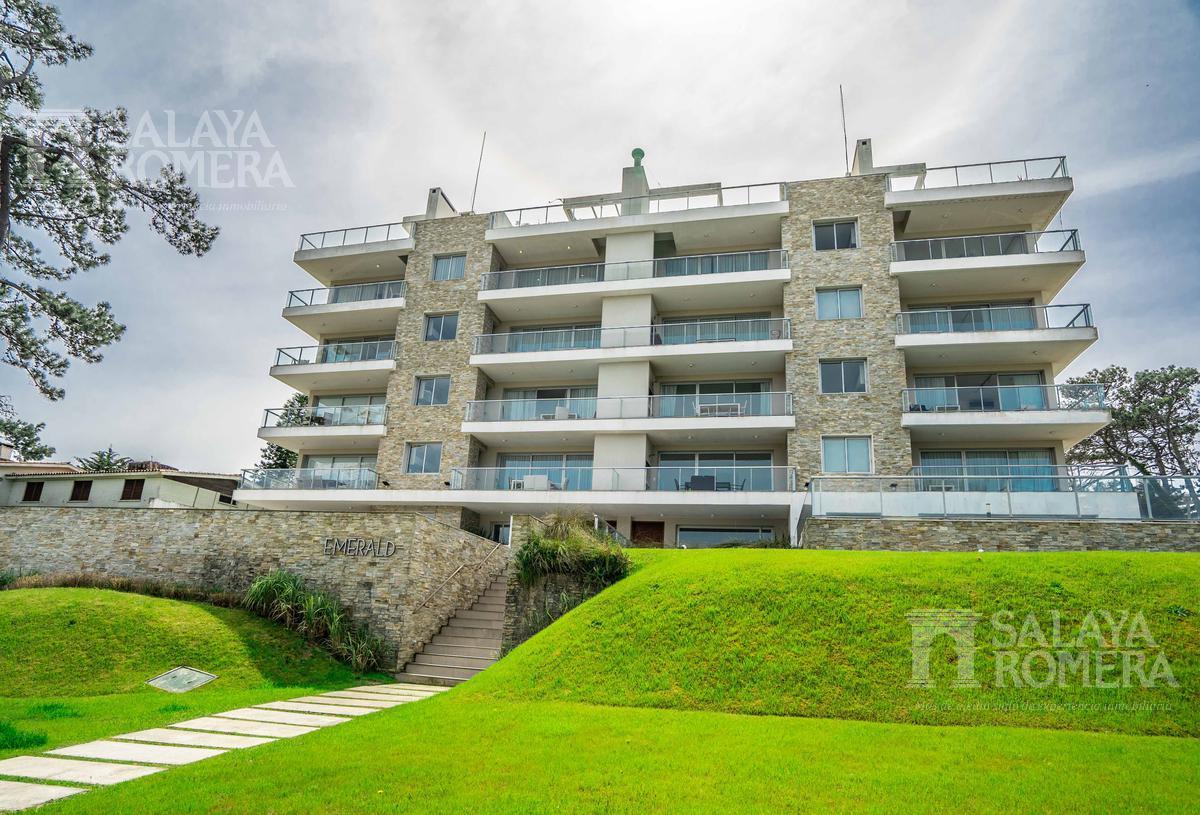 Foto Departamento en Venta en  Maldonado ,  Maldonado  Venta departamento, Punta del este, PH 5 dormitorios Playa Mansa