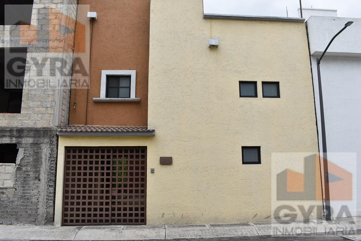 Foto Casa en condominio en Renta en  Fuentes de Tepepan,  Tlalpan  Prolongación Abasolo al 300