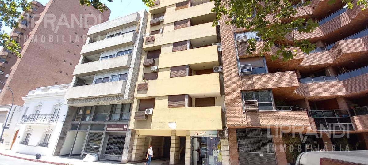 Foto Departamento en Venta en  Centro,  Cordoba Capital  Av. DUARTE QUIROS 400 - CON ESCRITURA -