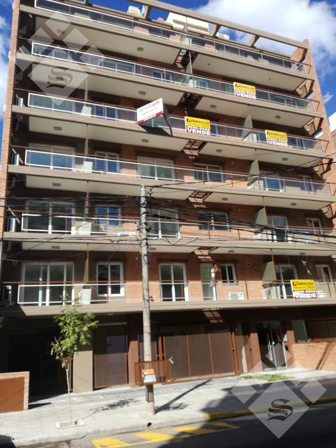 Foto Departamento en Venta en  Castelar Sur,  Castelar  Almafuerte al 2500