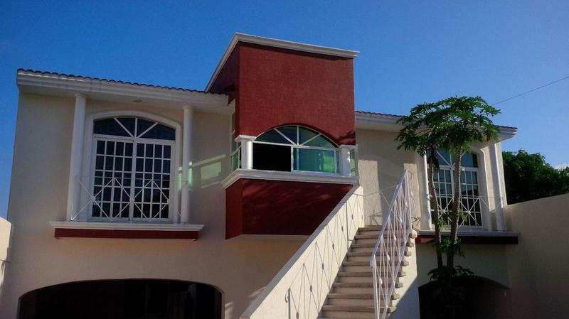 Foto Casa en Renta en  Petrolera,  Coatzacoalcos  EXCELENTE CASA EN RENTA, AV. CHIHUAHUA, COL. PETROLERA.
