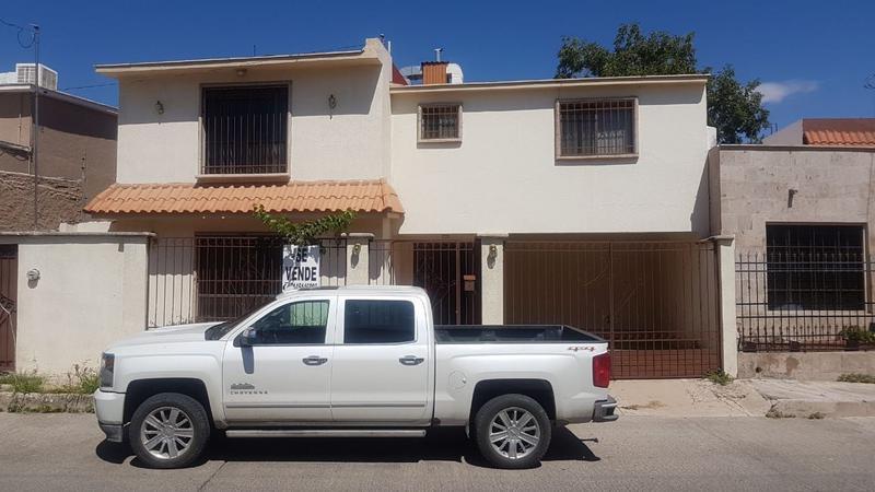 Foto Casa en Venta en  Fuentes del Santuario,  Chihuahua  Casa Venta Fuentes del Santuario 2,300,000 A5 ECG1