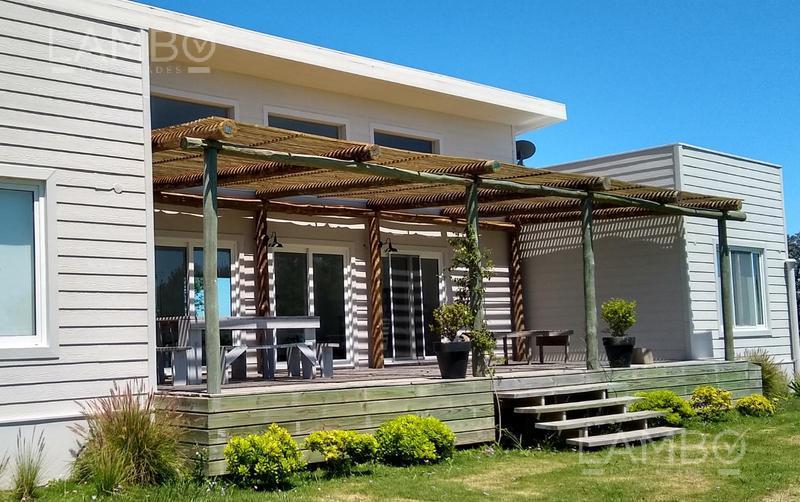 Foto Casa en Alquiler temporario en  El Quijote,  La Barra  Punta del Este- VERANO Club de Campo  El Quijote