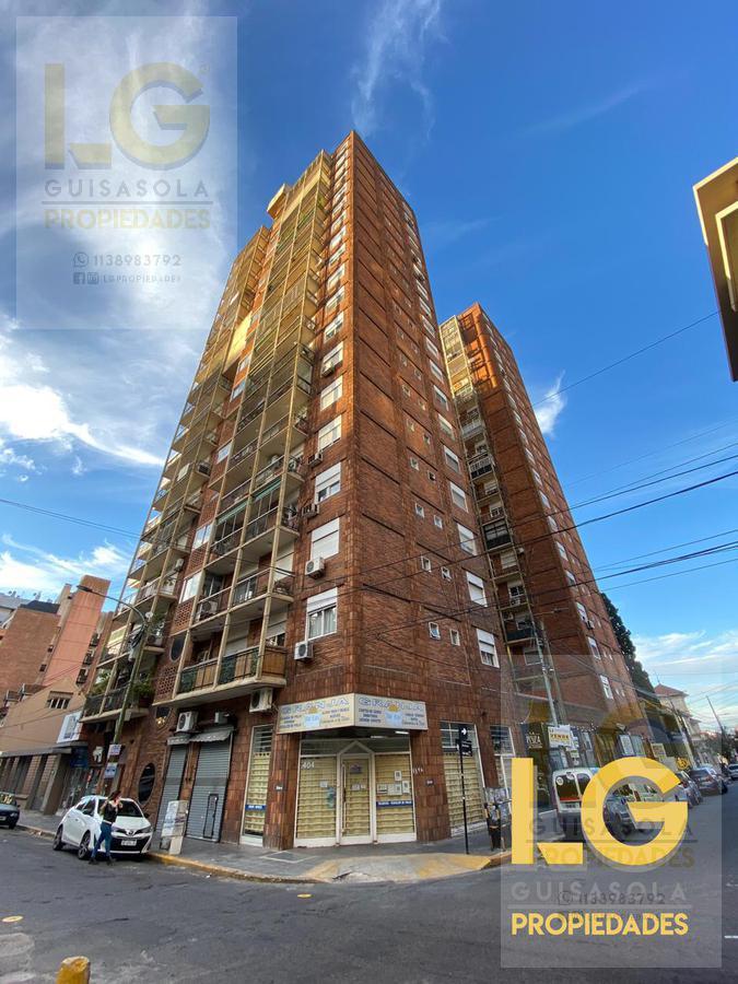Foto Departamento en Venta en  Quilmes,  Quilmes  Sarmiento 592