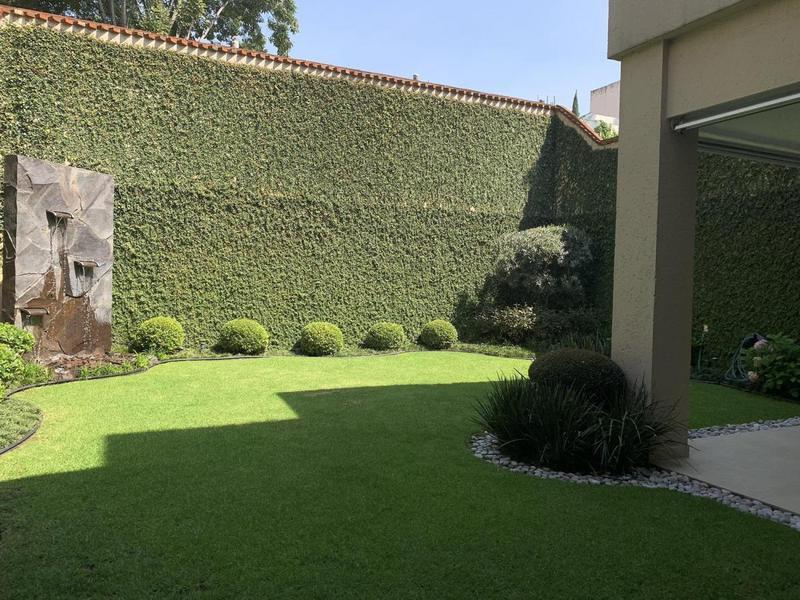 Foto Casa en Venta en  Bosques de las Lomas,  Cuajimalpa de Morelos  Bosque de Granados - Lista para entrar!!
