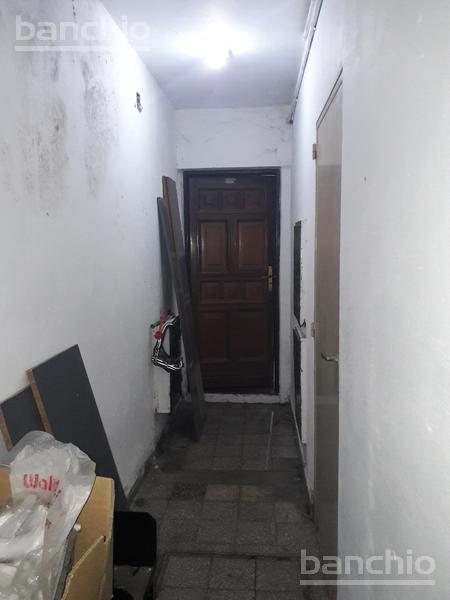 Pje. Rusignol al 400, Rosario, Santa Fe. Venta de Casas - Banchio Propiedades. Inmobiliaria en Rosario