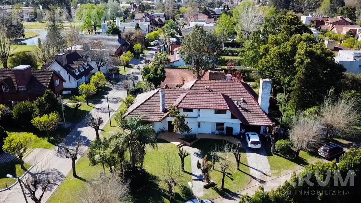 Foto Casa en Alquiler en  El Sosiego,  Countries/B.Cerrado (E. Echeverría)  CASA VENTA / ALQUILER : CANNING :: EL SOSIEGO