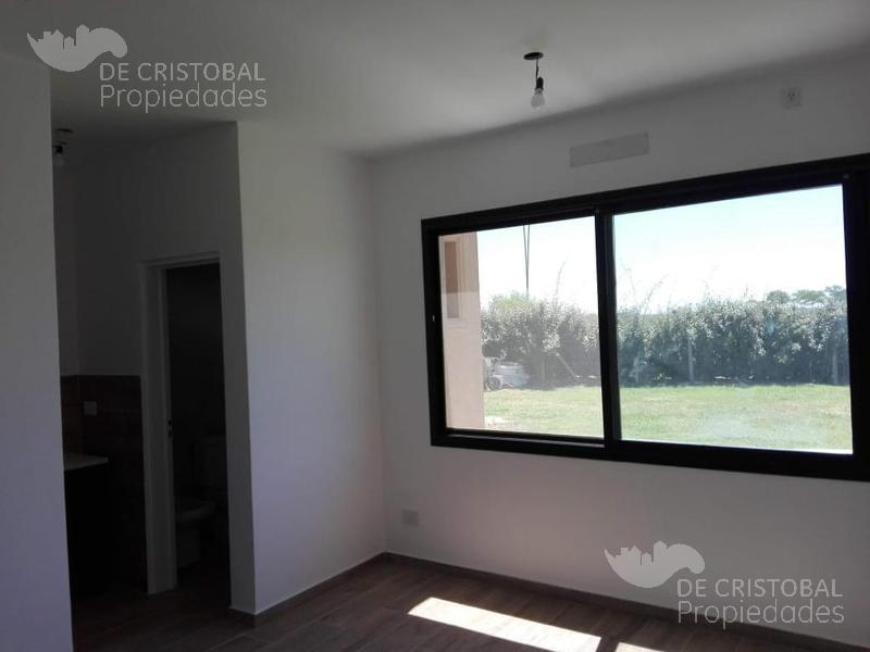 Foto Casa en Venta en  Vistas,  Puertos del Lago  Barrio  Vistas - Puertos