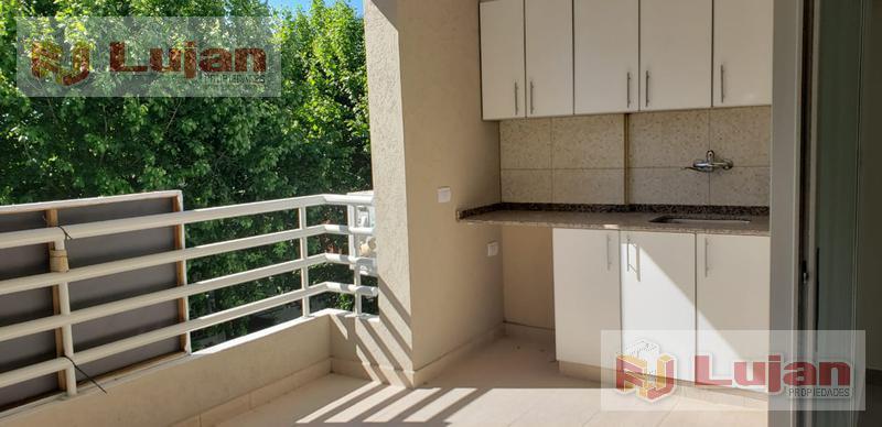 Foto Departamento en Venta en  Mataderos ,  Capital Federal  Artigas 5900 Semipiso de 3 ambs de categoría, con cochera, balcón terraza y cocina comedor separada