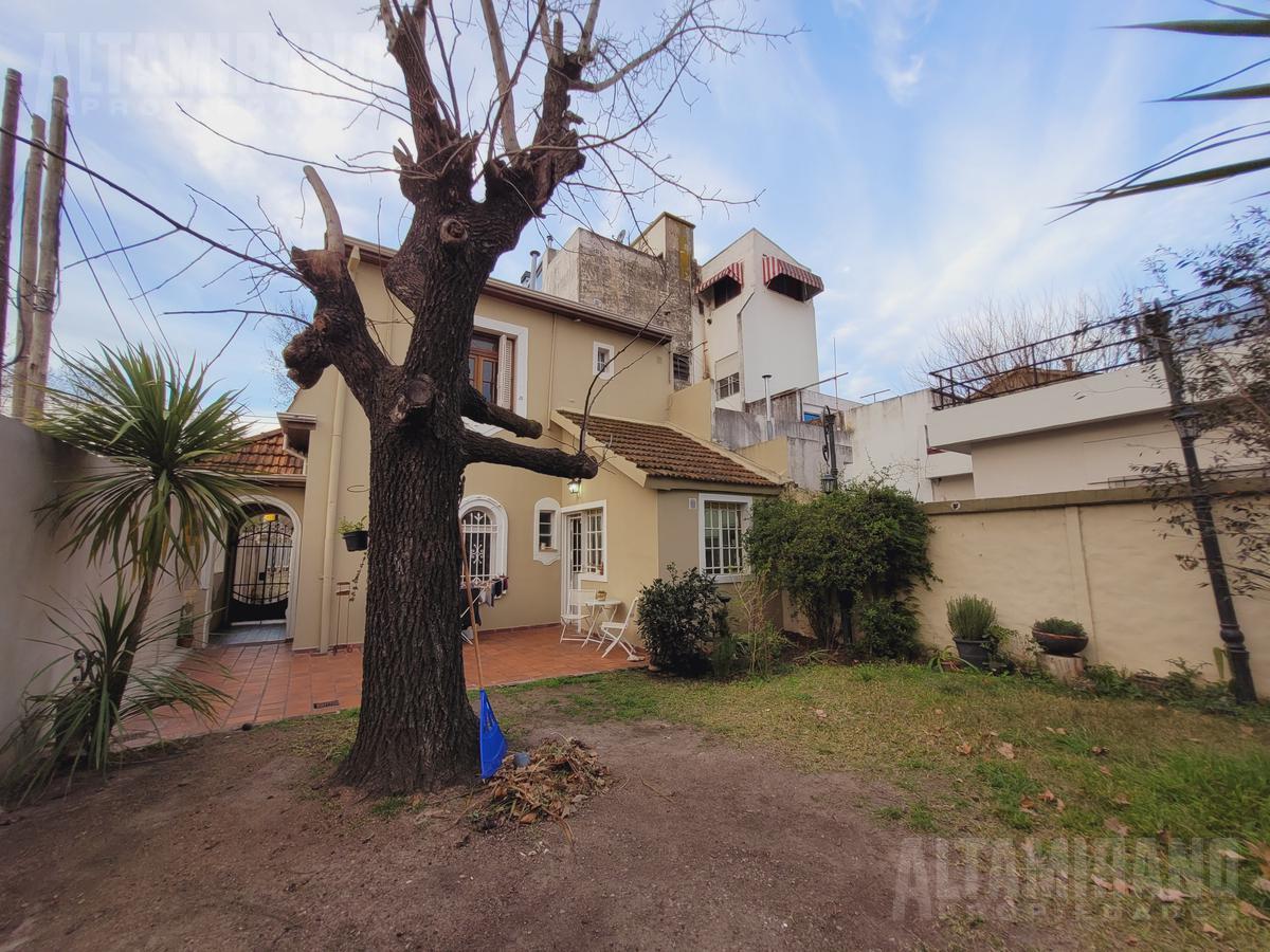Foto Casa en Venta en  Villa Ballester,  General San Martin  Bolivia al 3700