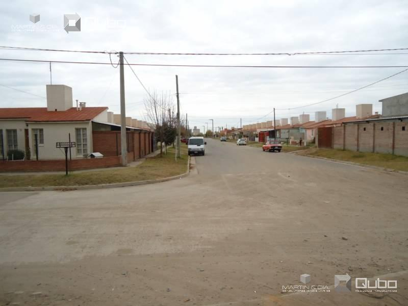 Foto Terreno en Venta en  Cordoba Capital ,  Cordoba  Varela Ortiz