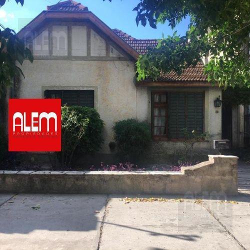 Foto Casa en Venta en  Lomas de Zamora Oeste,  Lomas De Zamora   Portela al 275