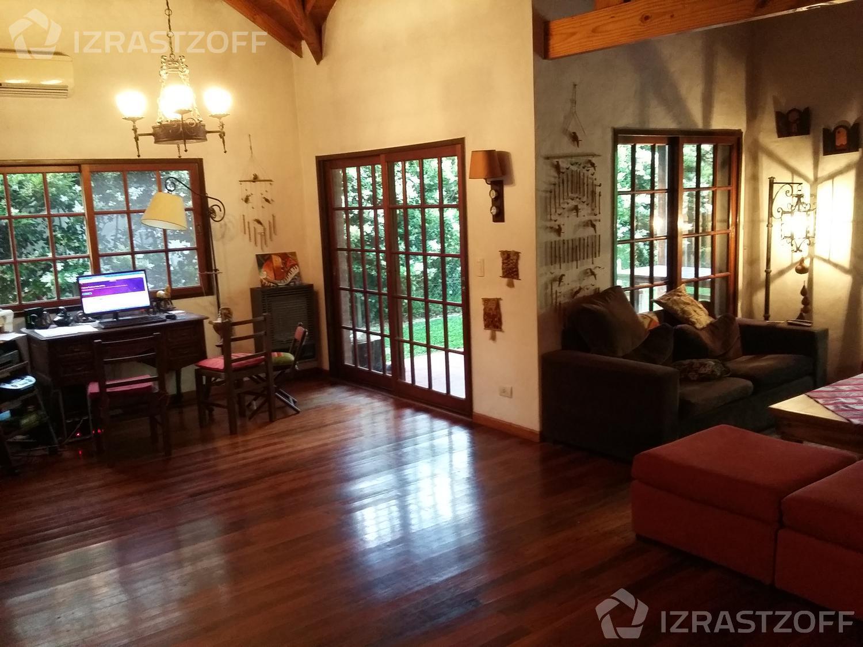 Casa--Pilar Del Lago-Club de Campo Pilar del Lago uf al 100