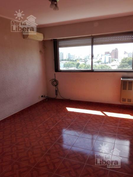 Foto Departamento en Alquiler en  La Plata ,  G.B.A. Zona Sur  Calle 10 y 62