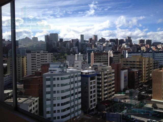 Foto Oficina en Venta en  Centro de Quito,  Quito  VENTA DE AMPLIA  OFICINA   EXCELENTE UBICACION BATAN ALTO