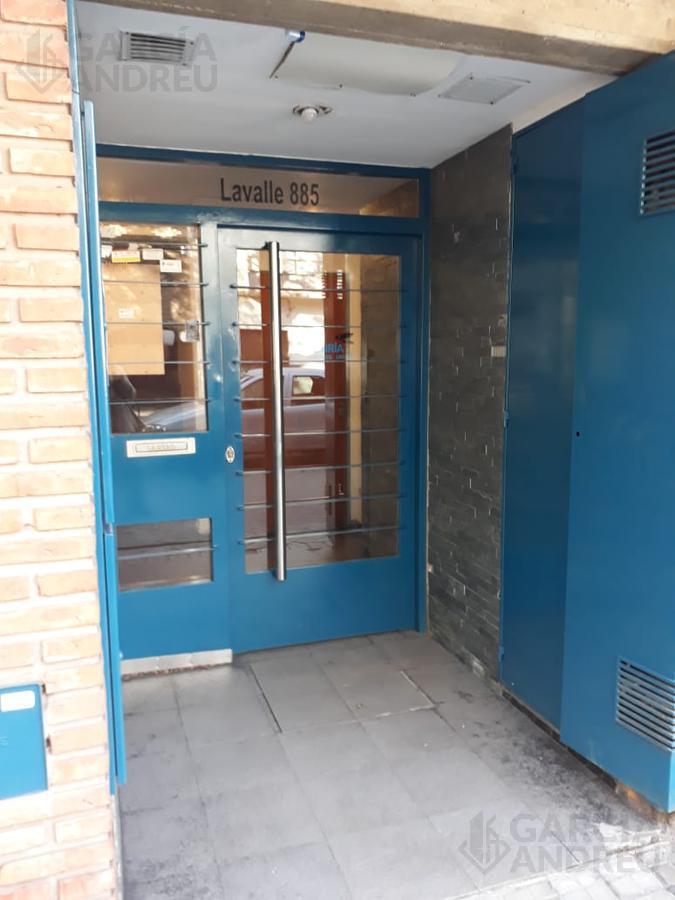 Foto Departamento en Alquiler en  Echesortu,  Rosario  Lavalle al 800