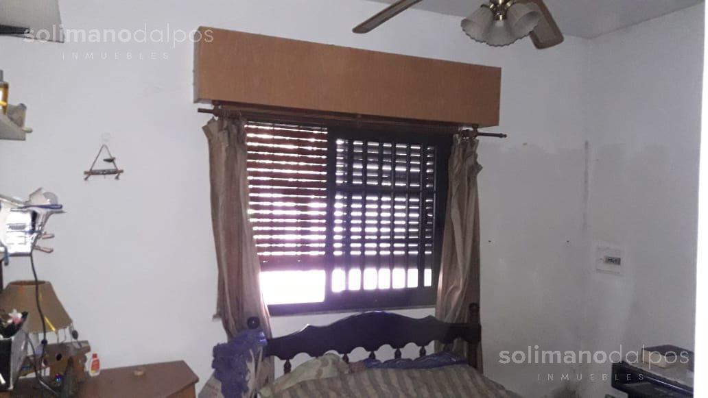 Foto Casa en Venta en  V.Ade.-P.Cisneros,  Villa Adelina  Santa Fe al 6800