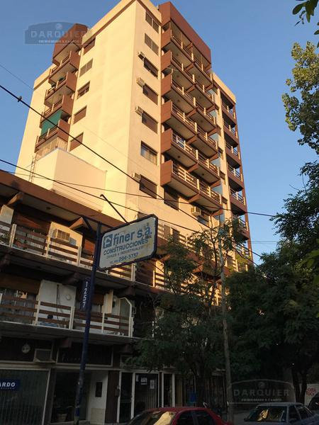 Foto Departamento en Venta en  Adrogue,  Almirante Brown  DIAGONAL BROWN 1277 8º A FRENTE