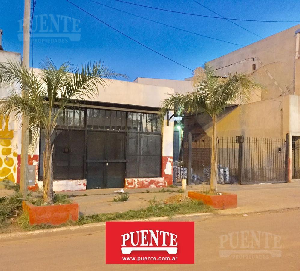 Foto Local en Alquiler en  Canning,  Esteban Echeverria  52 y al 200