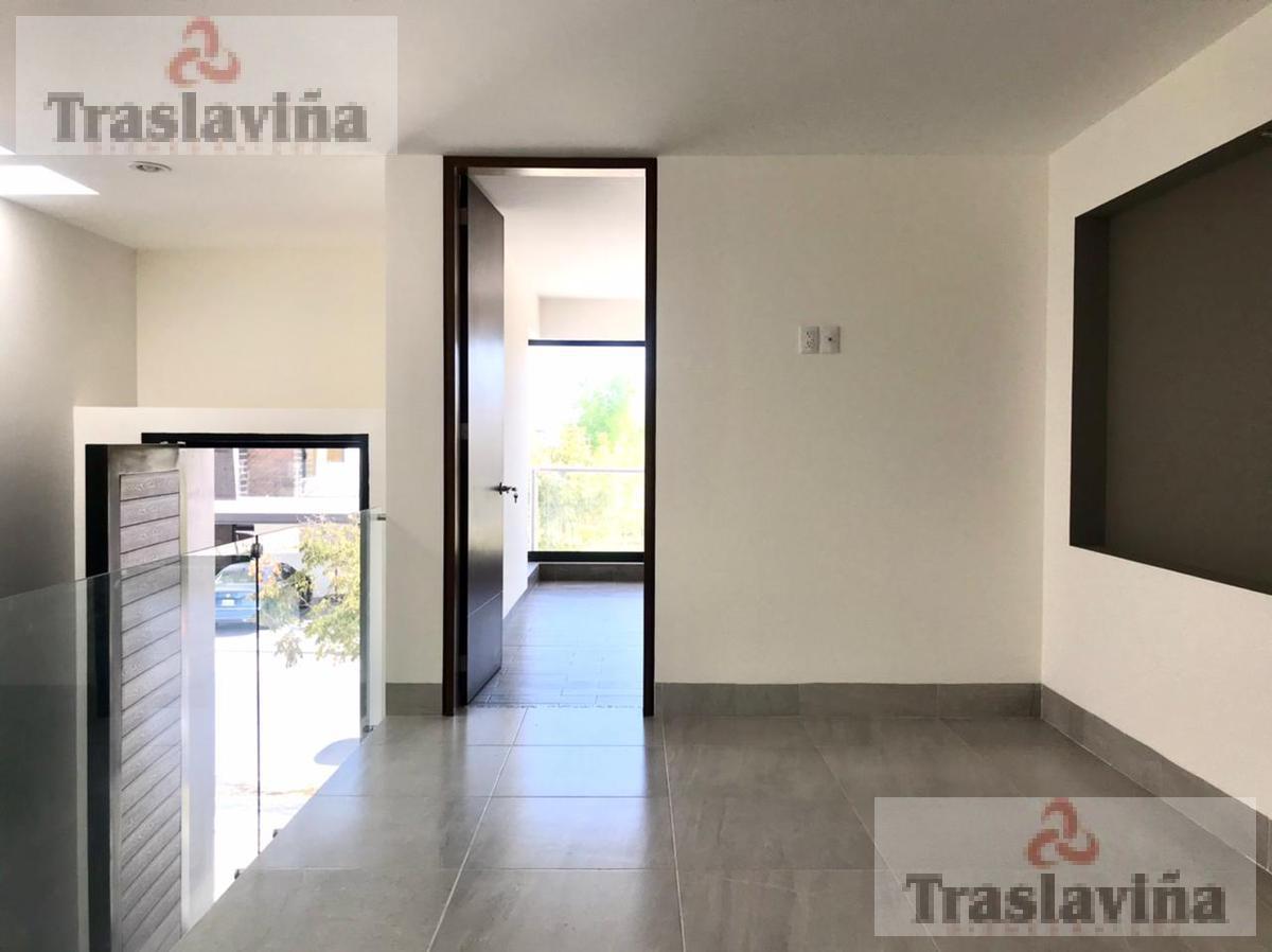 Foto Casa en Venta en  El Mayorazgo,  León  Casa NUEVA FRENTE AREA VERDE en venta en El Mayorazgo