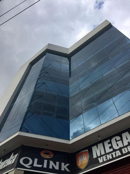 Foto Edificio Comercial en Renta en  Santa María de las Rosas,  Toluca  EDIFICIO EN RENTA UBICADO EN AV. LAS TORRES