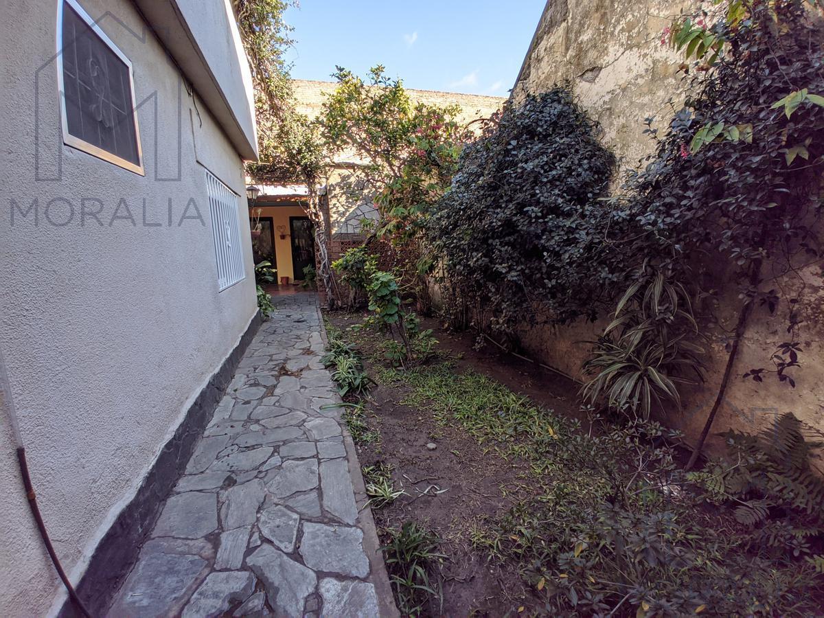 Foto Casa en Venta en  Alberdi,  Rosario  Darragueira 1325