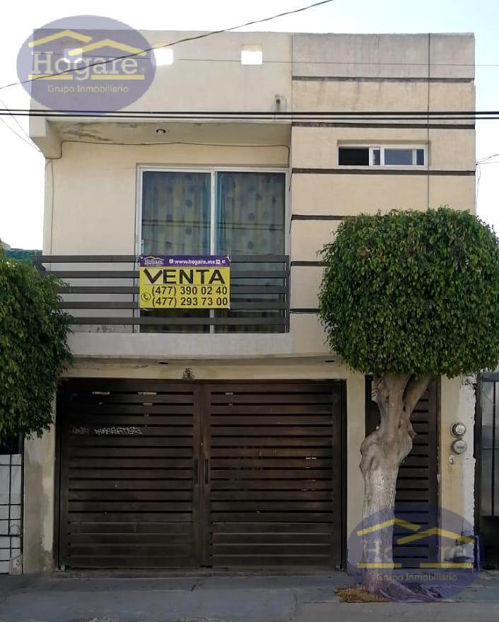 Casa Venta 3 Recámaras Remodelaciones Colinas de Santa Julia León Gto