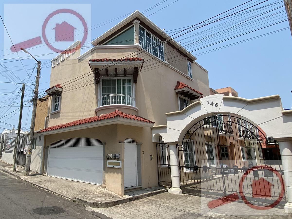 Foto Casa en Venta en  Fraccionamiento Joyas de Mocambo (Granjas los Pinos),  Boca del Río  Casa en Venta en Joyas de Mocambo