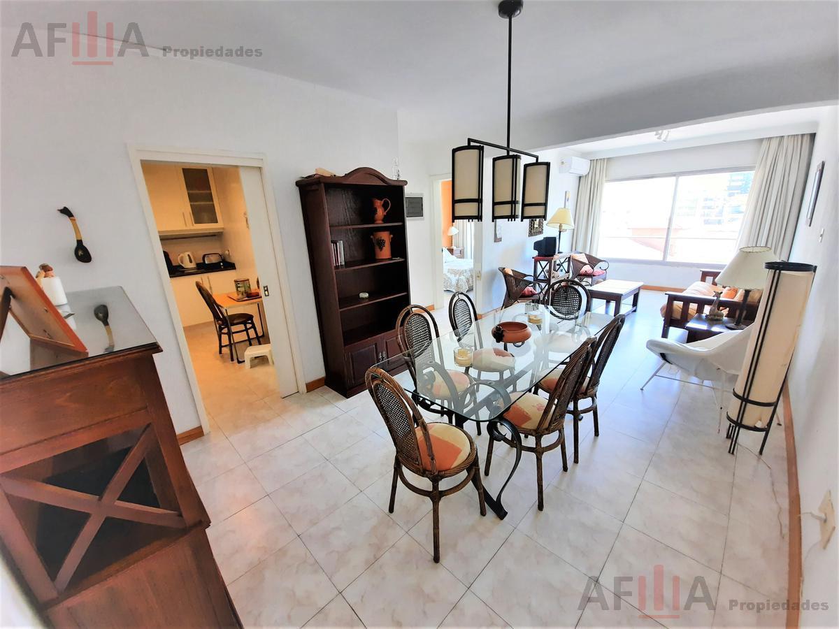 Foto Apartamento en Alquiler en  Península,  Punta del Este  Edificio Santo Dumont - Península