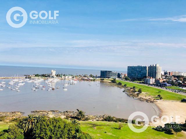 Foto Departamento en Alquiler en  Puerto Buceo ,  Montevideo  Estrene frente al mar!! Alfa Tower! 3 lugares de garaje  Primer piso con patio.
