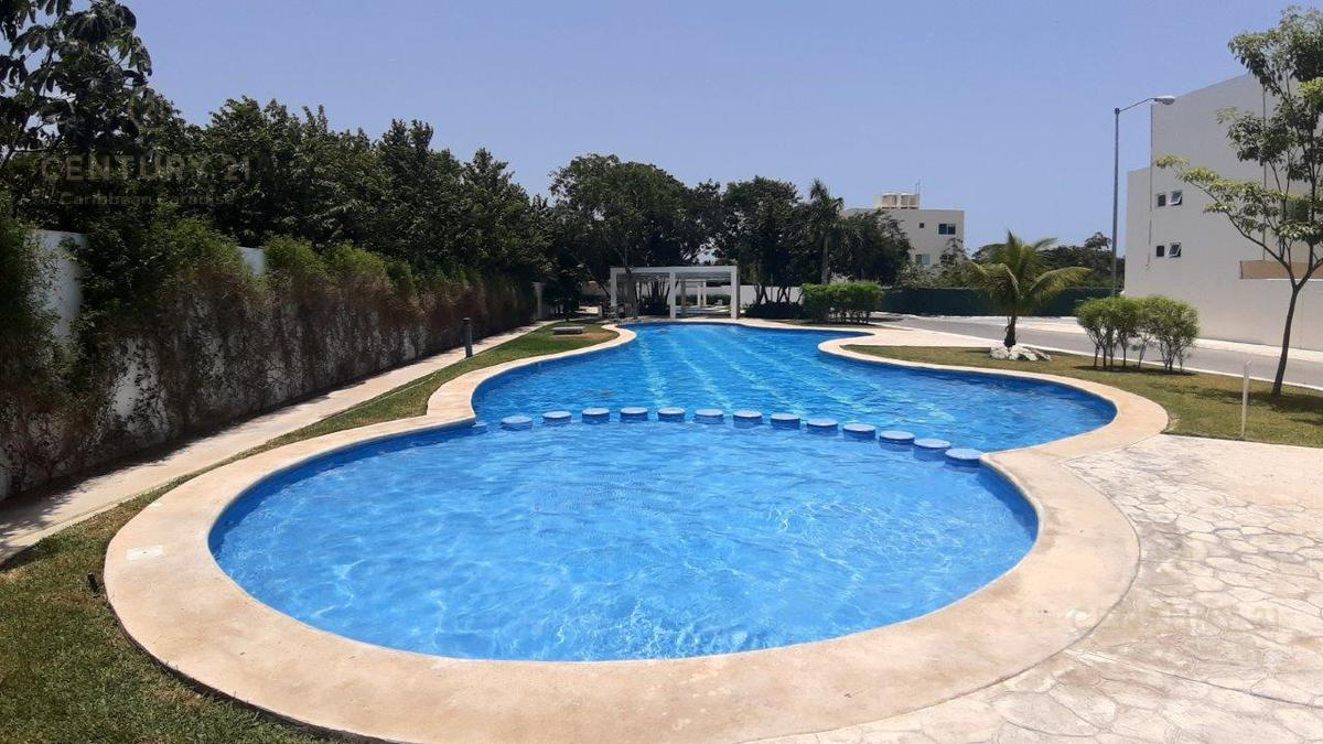Playa del Carmen Apartment for Rent scene image 0