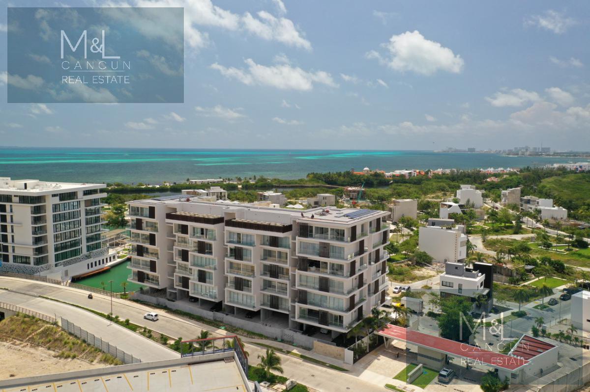 Foto Departamento en Venta en  Puerto Cancún,  Cancún  Departamento en Venta en Cancún RIVA, Penthouse de 3 recámaras. Puerto Cancún