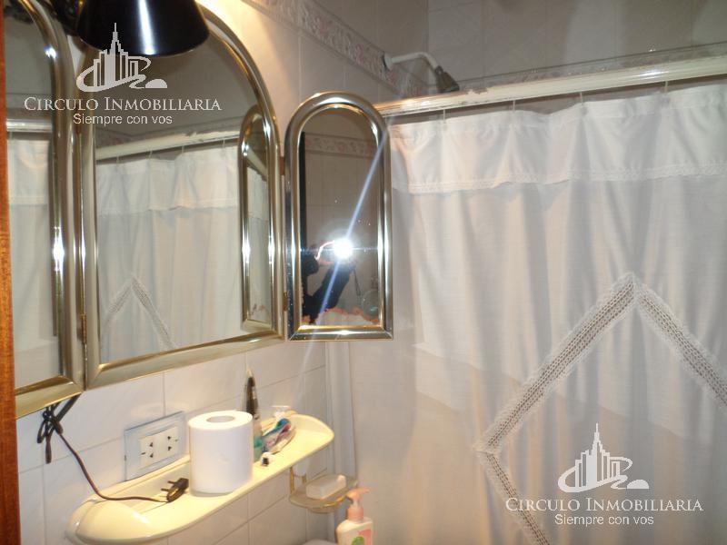 Foto Casa en Venta en  Villa Lugano ,  Capital Federal  Miralla  al 2800