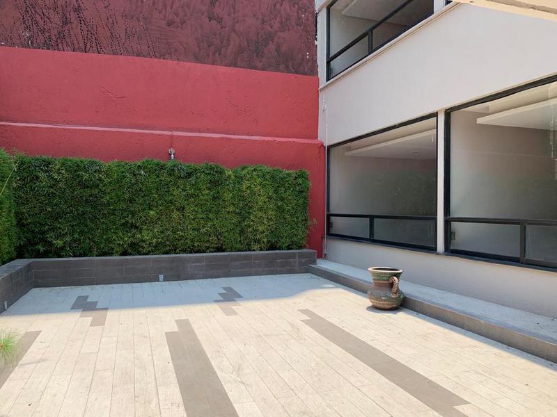 Foto Oficina en Venta en  Granada,  Miguel Hidalgo  GRANADA: Lago Meru - OPORTUNIDAD - SÚPER UBICACIÓN - NUEVO POLANCO
