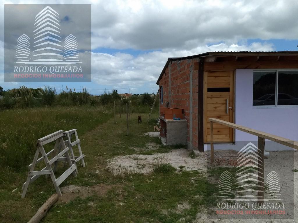 Foto Casa en Venta en  Mar Del Tuyu ,  Costa Atlantica  3 DEPTOS DE 2 AMBIENTES !!!