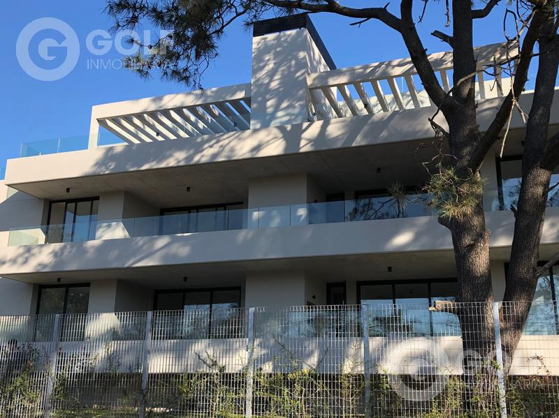 Foto Departamento en Venta | Alquiler en  Carrasco ,  Montevideo  PENTHOUSE A ESTRENAR- 2 dormitorios, terraza con parrillero, garaje para un auto