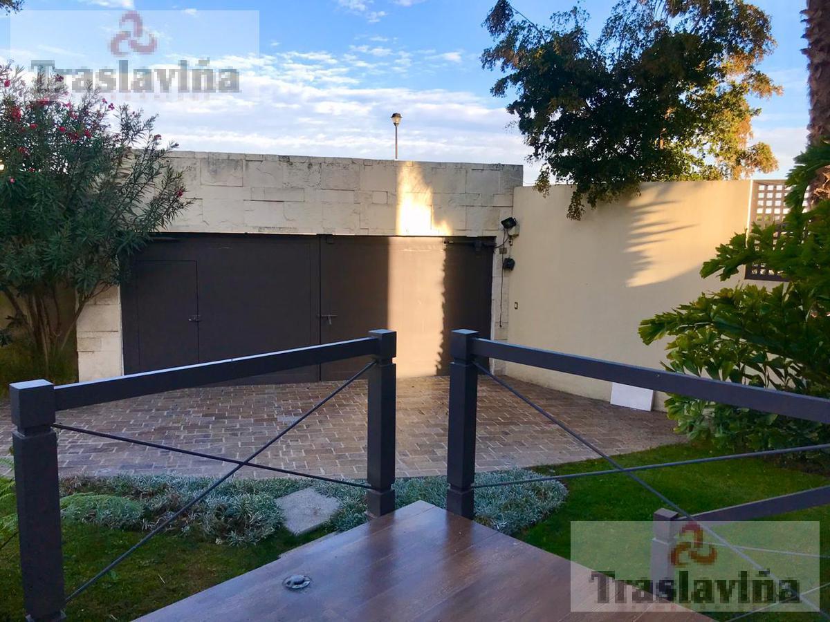 Foto Casa en Venta en  Jardines del Campestre,  León  C_asa con Loft en Venta en Jardines del Campestre