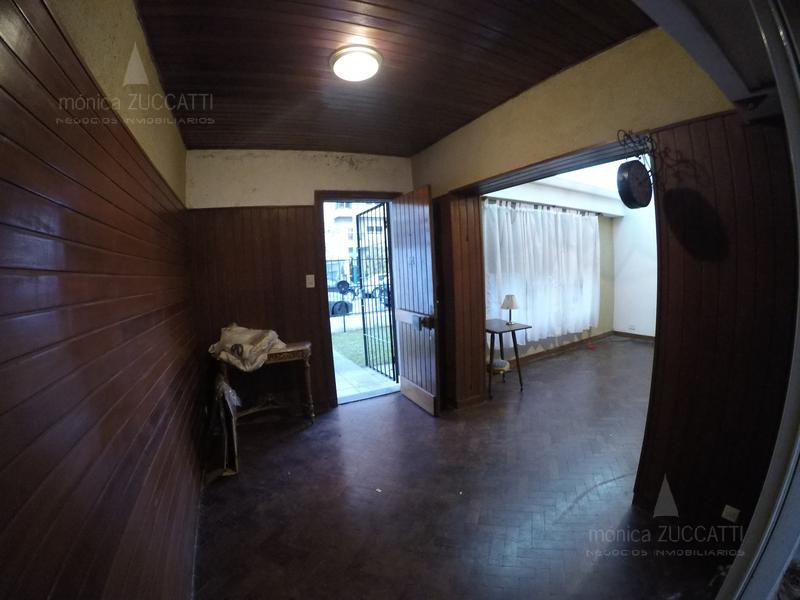 Foto PH en Venta en  Banfield Este,  Banfield  Talcahuano 150