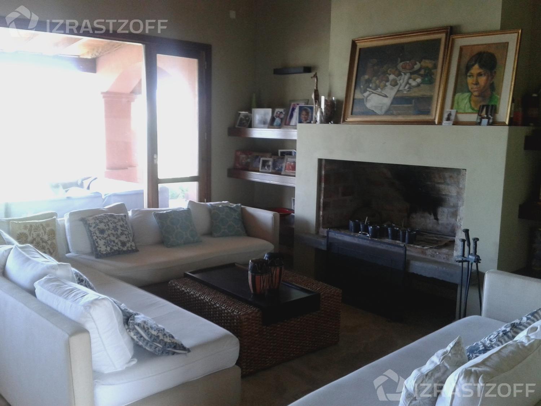 Casa--Santa Teresa-Barrio Santa Teresa - Villa Nueva
