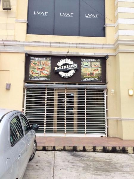 Foto Local en Renta en  Flamboyanes,  Tampico  Local Comercial en Renta sobre Ave. Valles