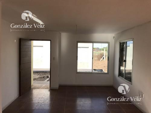 Foto Casa en Venta en  Carmelo ,  Colonia  Zona norte