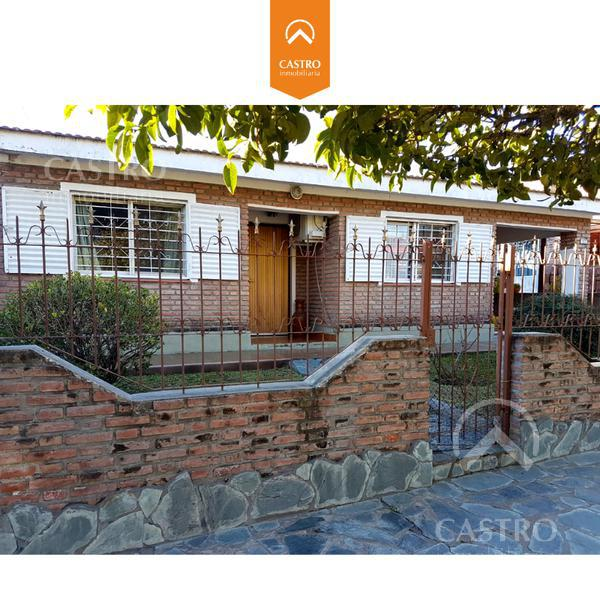 Foto Casa en Venta en  Merlo,  Junin  Av Los Almendros al 500