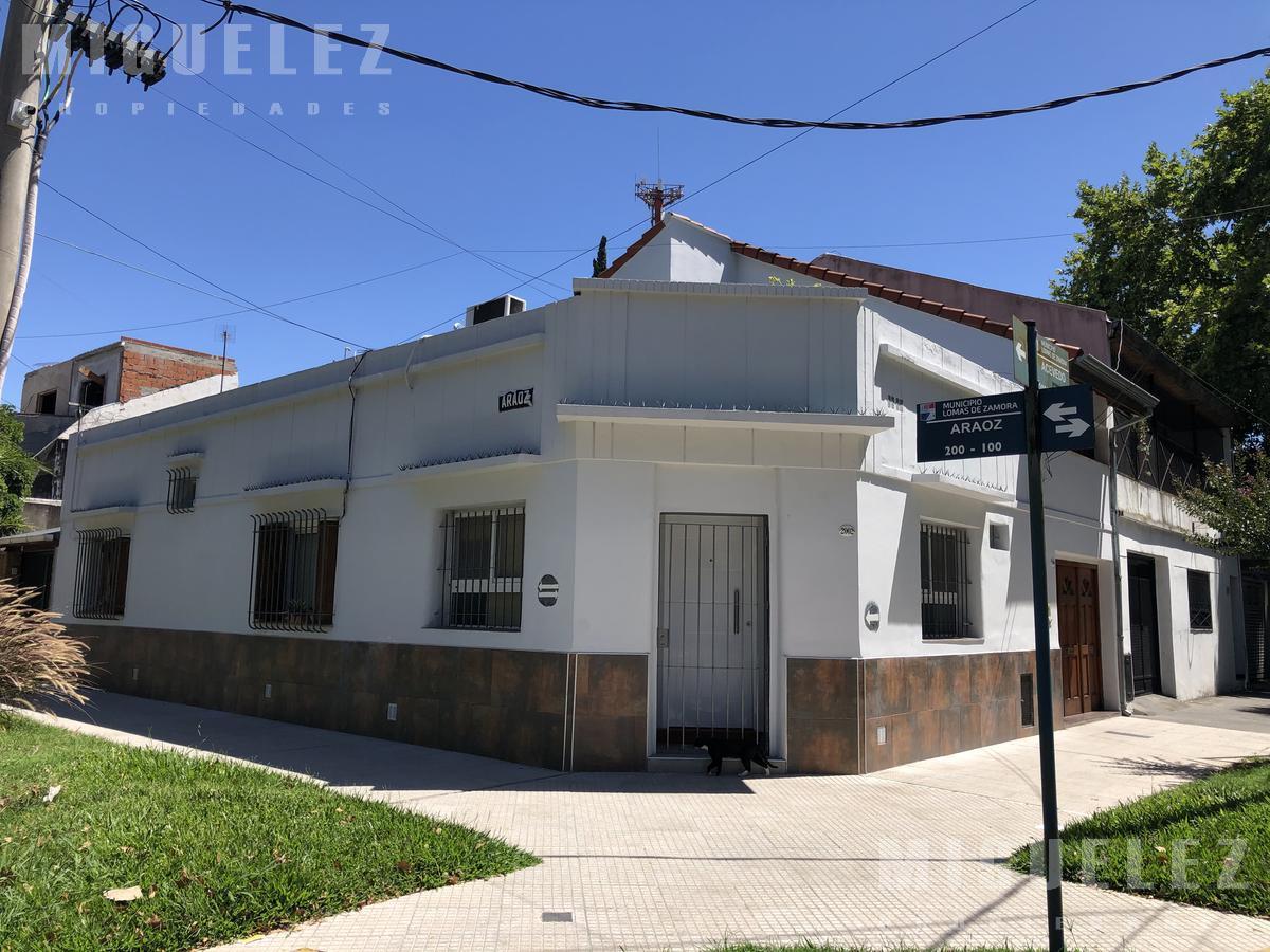 Foto Casa en Venta en  Banfield,  Lomas De Zamora  VENTA CASA EN BANFIELD ACEVEDO 2006