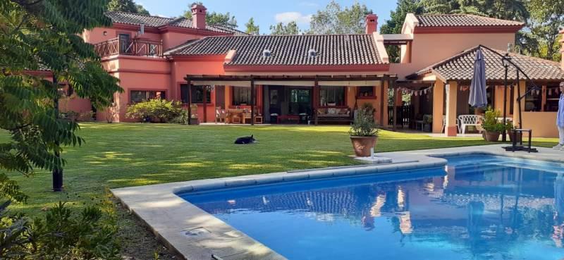 Foto Casa en Venta en  Carmel C.C,  Countries/B.Cerrado (Pilar)  COUNTRY CLUB EL CARMEL