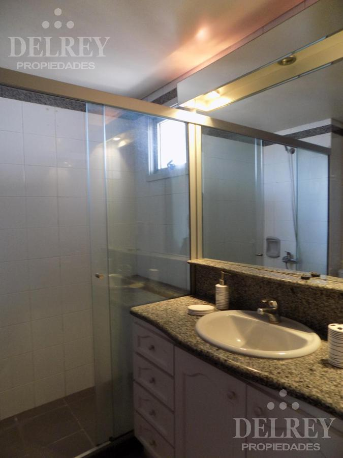 Foto Departamento en Alquiler en  Puerto Buceo ,  Montevideo  Puertito de Buceo próximo
