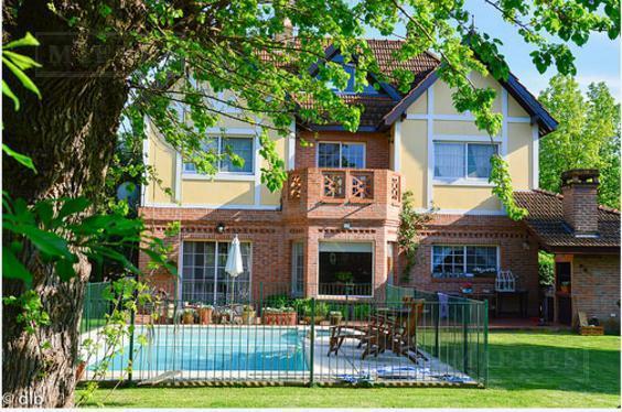 Mieres Propiedades - Casa en venta en El Establo